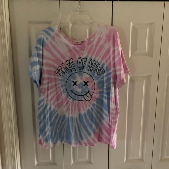 e6af040f Forever 21 Tops - Forever 21+ T-shirt